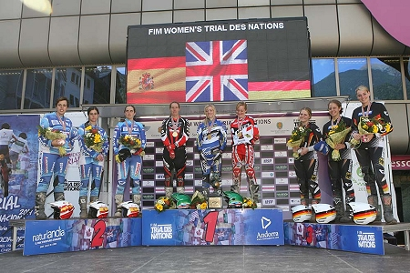 2014 tdn ladies podium