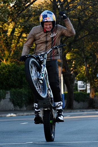 dougie lampkin wheelie documentary