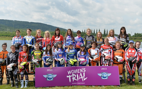fim womens group shot